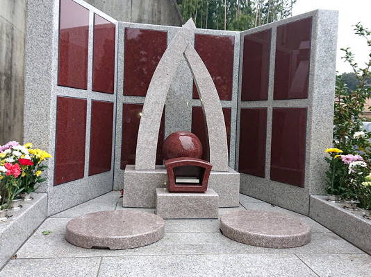 宮沢湖霊園