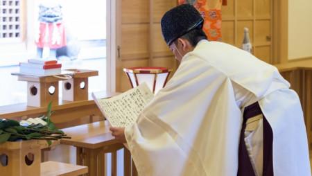 神式葬儀の流れとは?仏式との違いや基本的なマナーについても解説