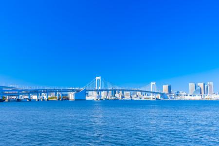 東京湾での散骨を行うには?散骨についての基礎知識から対応業者、費用相場までを解説!