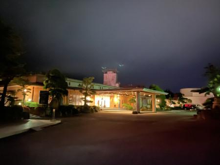 葬祭DX・IT企業として全国初の温泉旅館内サテライトオフィス「温泉ワーケーションLabo嬉野」を佐賀県嬉野市「和多屋別荘」に開業いたしました。