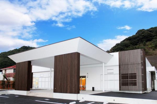 東長崎メモリードホール